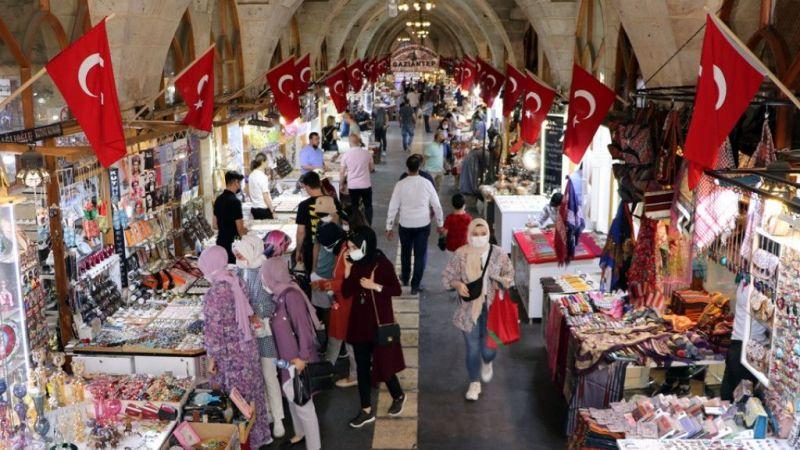 Gaziantep'in tarihi ve turistik mekanlarında kısıtlamasız cumartesi yoğunluğu