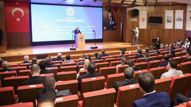 Bakan Elvan: Yüksek enflasyondan kurtulmamız şart