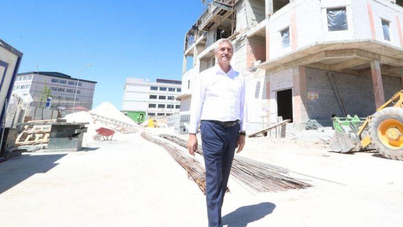 Şahinbey Belediyesi Mavikent'in çehresini değiştiriyor