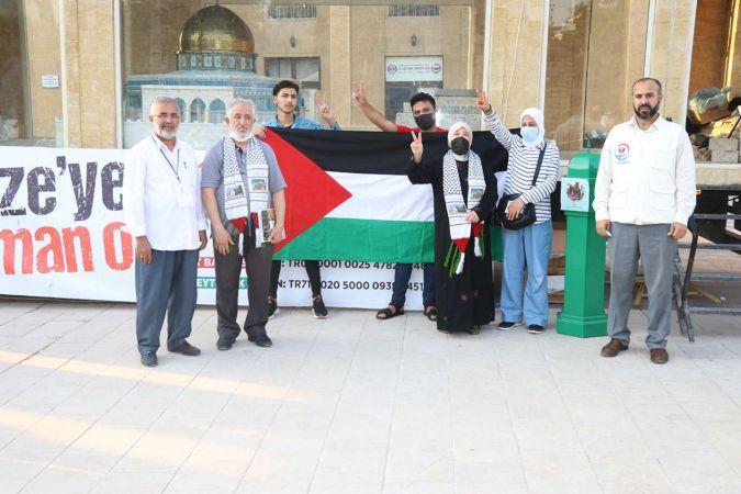 Gaziantep'teki Filistinliler Minia Kudüs tırını ziyaret ettiler
