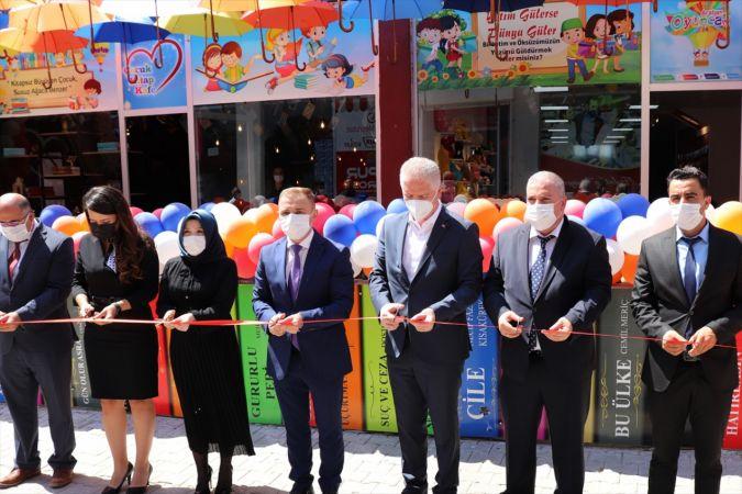 Araban'da Çocuk Kitap Cafe açıldı