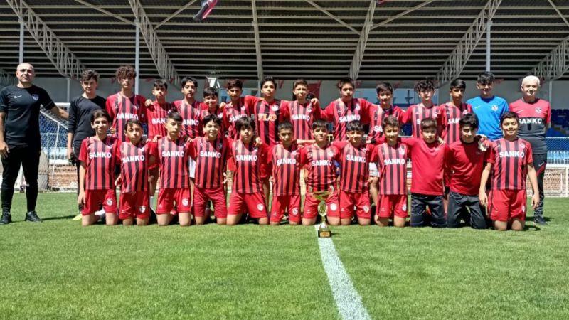 Şampiyon Gaziantep F.K