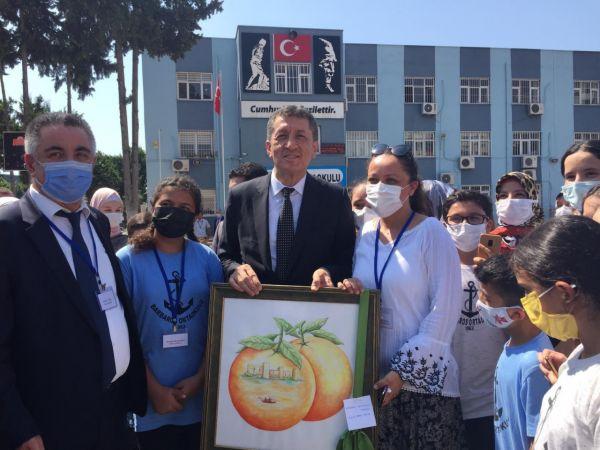 """Bakan Selçuk: """"Şu andaki bakış açımız okulların 6 Eylül tarihinde açılması yönünde"""""""