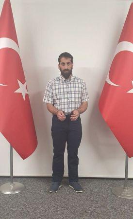 Kırmızı bültenle aranan PKK'lı terörist MİT'in başarılı operasyonu ile Türkiye'ye getirildi