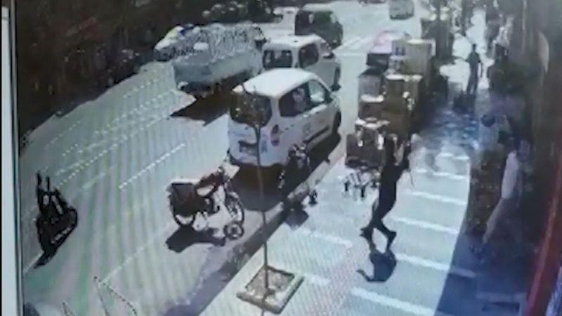 Market çalışanının dikkati bebeğin hayatını kurtardı