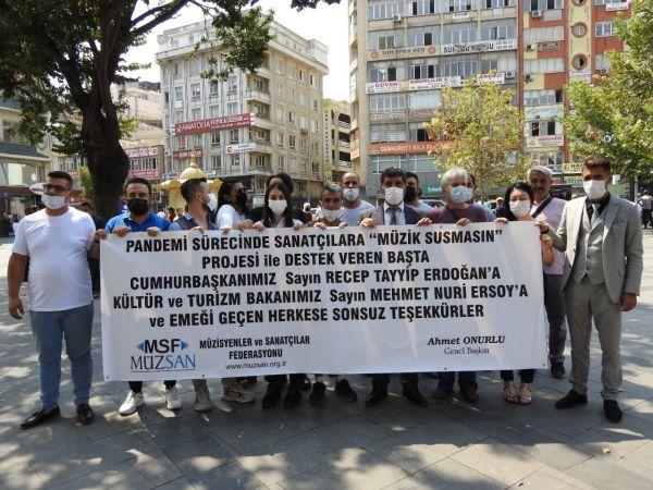Müzisyenlerden Cumhurbaşkanı Erdoğan ve Bakan Ersoy'a teşekkür