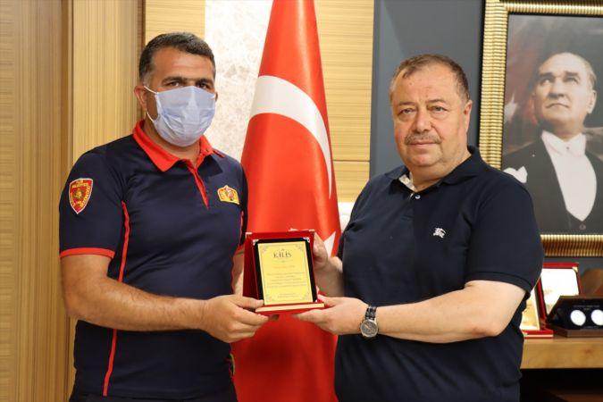 Kilis'te, Antalya, Muğla ve Osmaniye'deki orman yangınlarına müdahale eden personel altınla ödüllendirildi