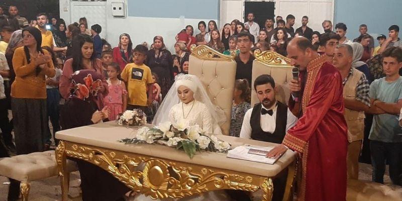 Doğru, Tayfun Uğur ve Kader Sarıkaya çiftinin nikahını kıydı