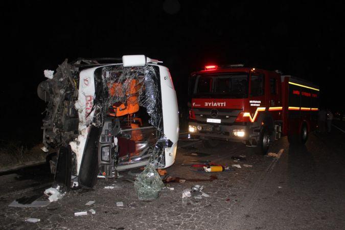 4 kişinin öldüğü kaza kamerada
