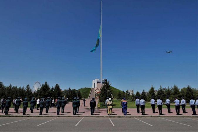 Kazakistan'da milli yas ilan edildi