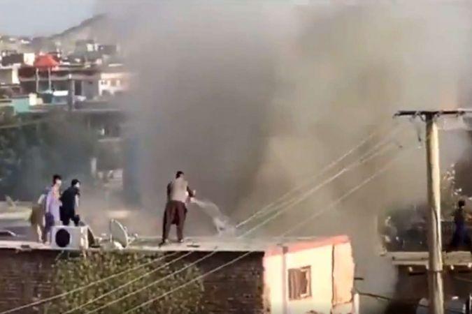 Kabil'de bir eve roket düştü