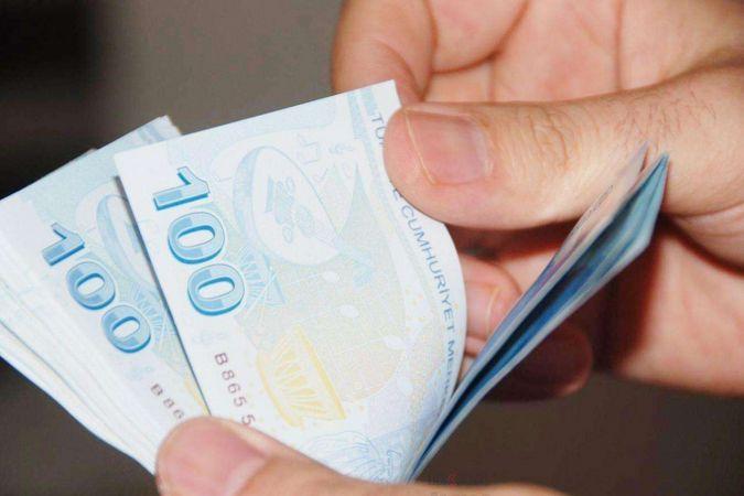 Bütçe ağustos ayında 40,8 milyar lira fazla verdi