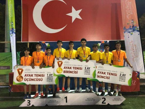 Büyükşehir Belediyesi gençlere yönelik futbol turnuvası düzenledi