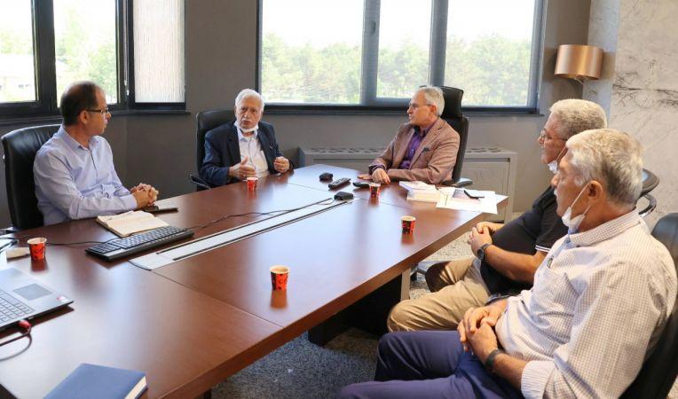 Eski Bakan Dinçerler'den Rektör Prof. Dr. Özaydın'a ziyaret