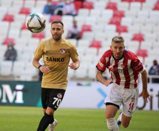 Süper Lig: DG Sivasspor: 1 - Gaziantep FK: 1 (Maç sonucu)