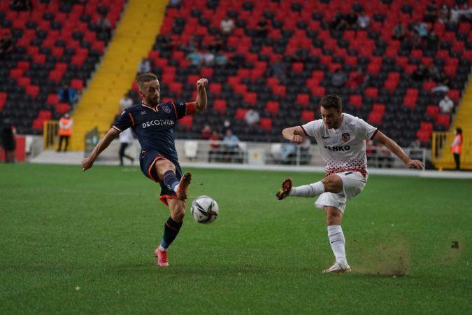 Süper Lig: Gaziantep FK: 1 - Başakşehir: 0 (İlk yarı)