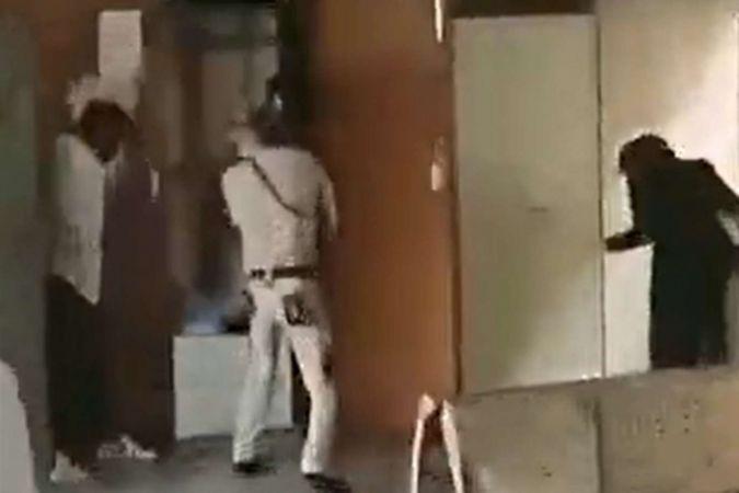 Avukat giyimli çete üyeleri mahkeme salonunu bastı: 3 ölü