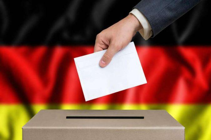 Almanya bugün sandığa gidiyor