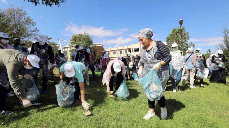Üniversite öğrencilerinden Temiz çevre temiz kampüs etkinliği