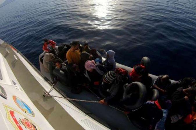 İzmir Seferihisar'da 114 düzensiz göçmen yakalandı