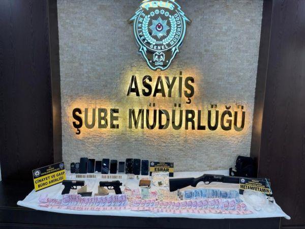 Osmaniye'de uyuşturucu şebekesi çökertildi