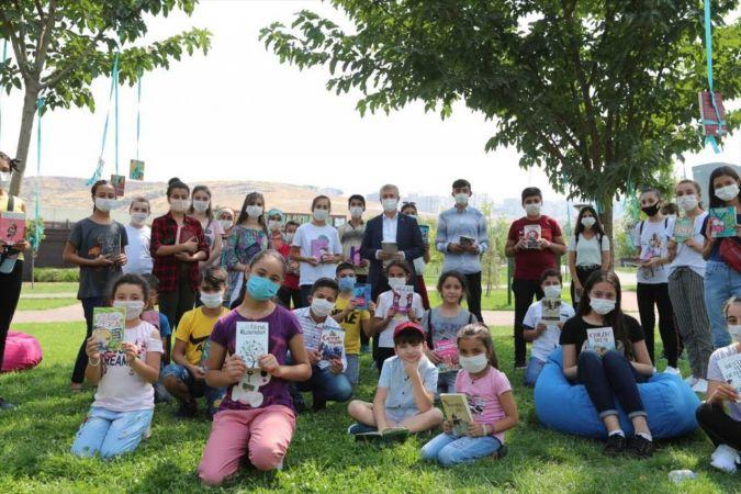 Şahinbey Belediye Başkanı Mehmet Tahmazoğlu'ndan kitap fuarına davet