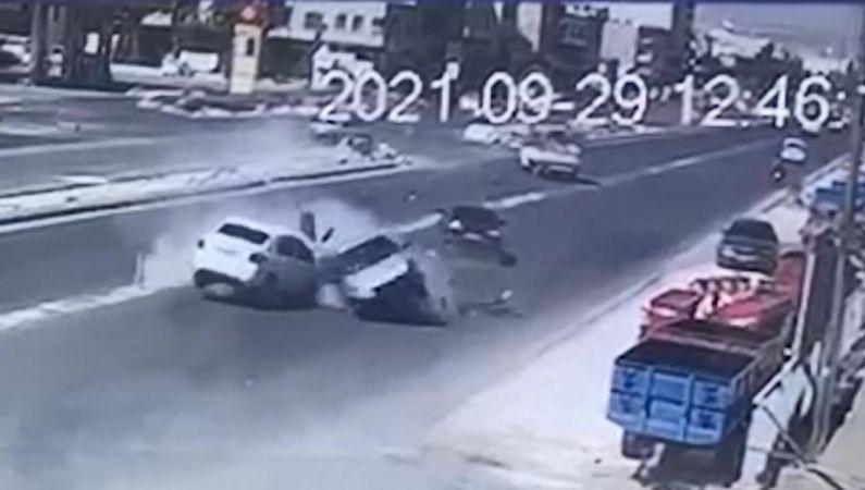 6 kişinin yaralandığı kaza kamerada