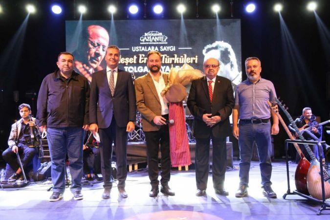 """""""Ustalara Saygı"""" konserinde Neşet Ertaş anıldı"""