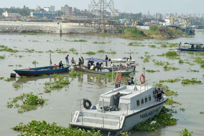 Bangladeş'te tekne ile gemi çarpıştı. 5 ölü