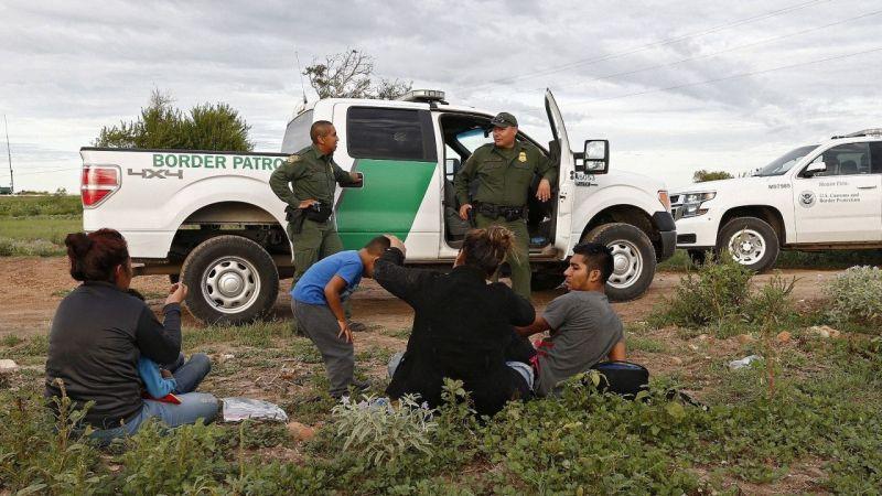 Latin Amerika ülkeleri ABD'ye göçe karşı sınırlarındaki asker sayısını artırıyor