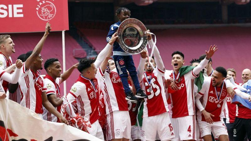 Hollanda'da şampiyon Ajax!