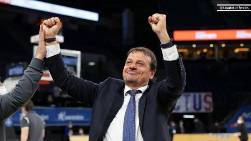 """Ergin Ataman: """"Şampiyon olmayı hak ediyoruz"""""""