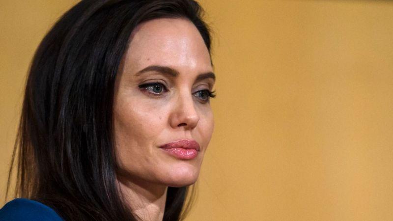 """Angelina Jolie: """"Uzun zamandır yalnızım"""""""