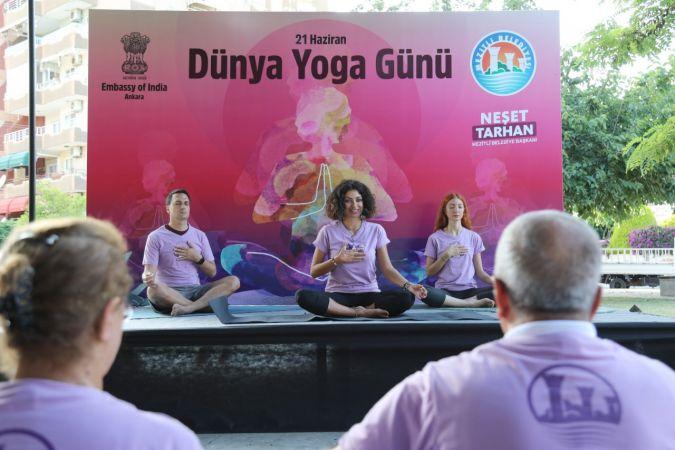 Uluslararası Yoga Günü Mezitli'de kutlandı