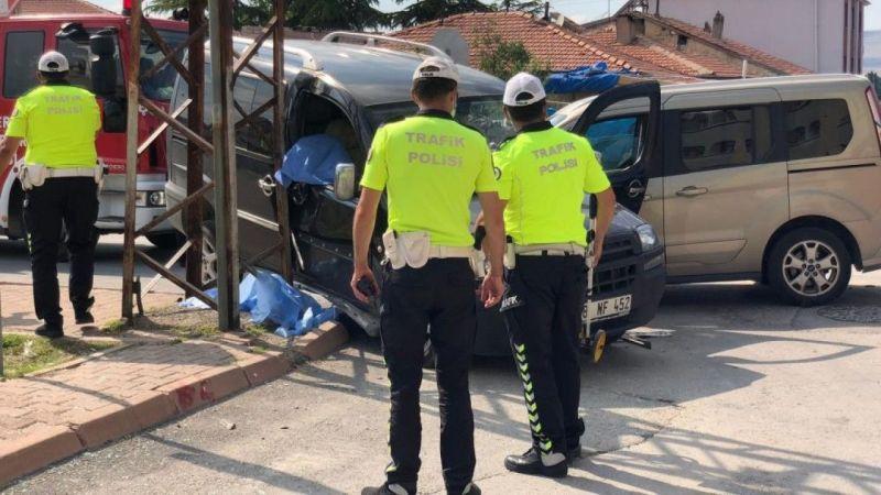 3 günlük evli çifti trafik kazası ayırdı