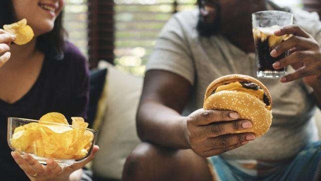 İngiltere'de obezite ile mücadelede yeni reklam yasağı