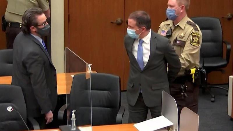 Floyd'un katili eski polis Chauvin'e 22.5 yıl hapis cezası