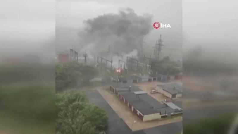 Moskova'da sel ve fırtına hayatı durma noktasına getirdi