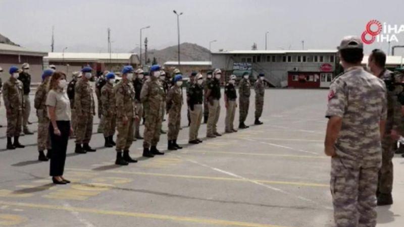 Afganistan'daki Türk askeri bayrama görev başında girdi