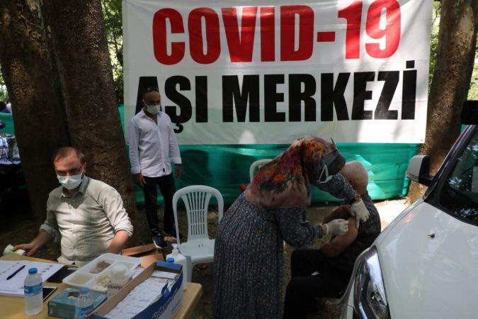 Mobil aşı araçları köylerde