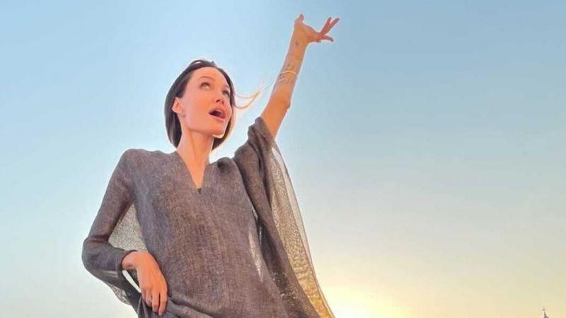 Angelina Jolie Venedik çatılarında kedi gibi gezdi!