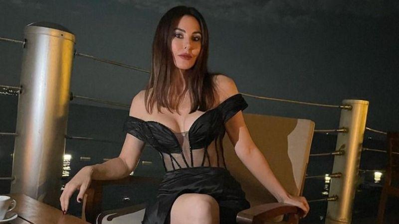 Defne Samyeli'nin 'transparan' kıyafeti olay oldu !