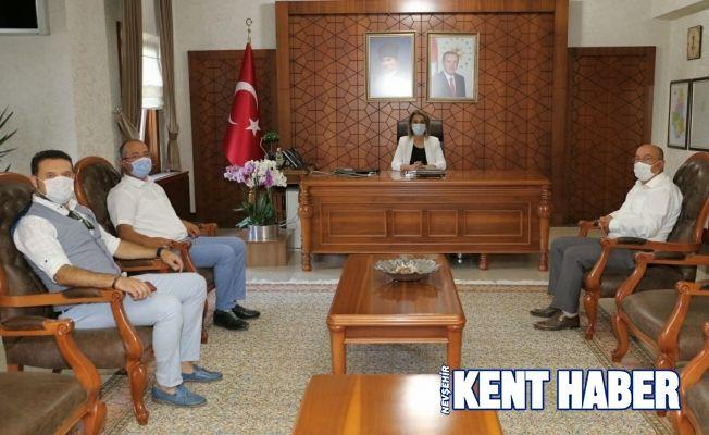 Nevşehir Simya Koleji yöneticilerinden Vali Becel'e ziyaret