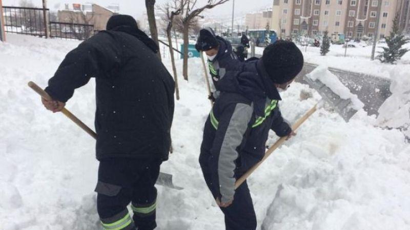 Nevşehir Belediyesi'nden kar temizliği