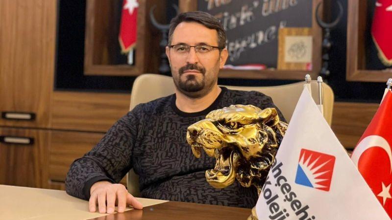 Uluer Şirketler Grubu Yönetim Kurulu Başkanı Halis Uluer'den Kadir Gecesi Mesajı
