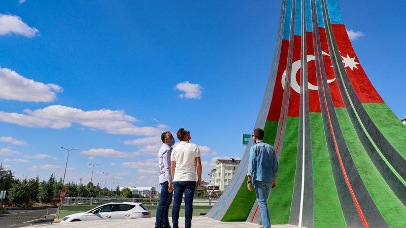 Şifa Köprülü Kavşağı'na kardeşlik anıtı