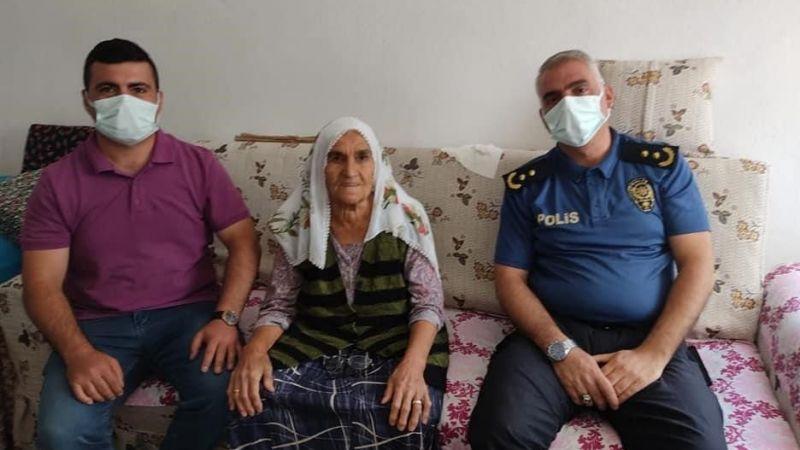 Hastalanan kadının imdadına polis yetişti