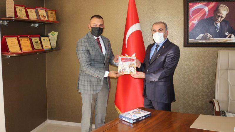 Başkan Türker'den, Müdür Demir'e Odak 2023 seti