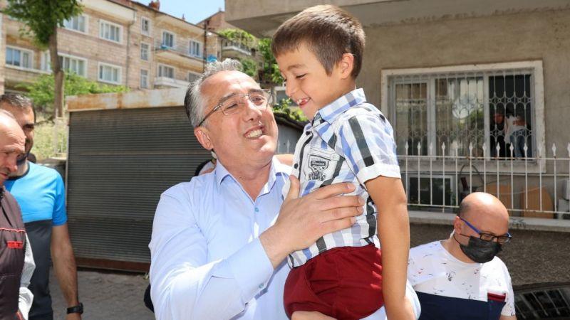 Başkan Savran'dan, Berat'a sürpriz