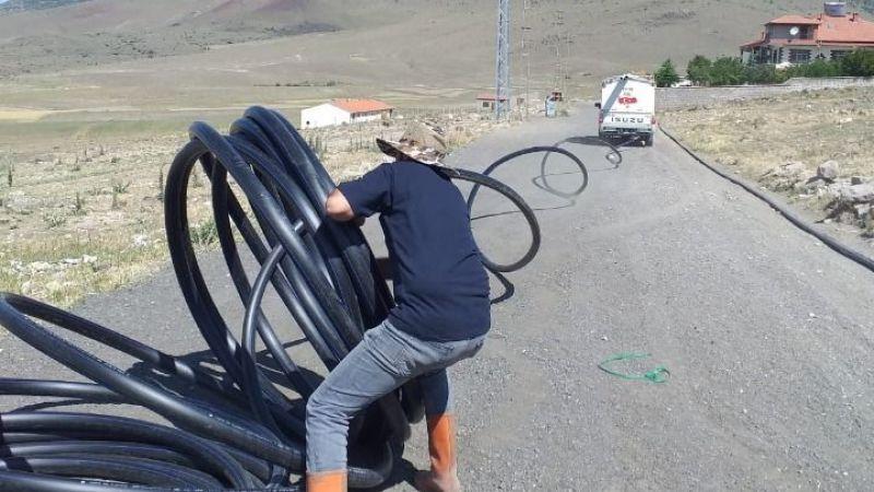 Özel idare ekipleri dört koldan çalışıyor